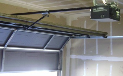 Manutenção de Portão Deslizante no Aeroporto - Manutenção Portão de Garagem